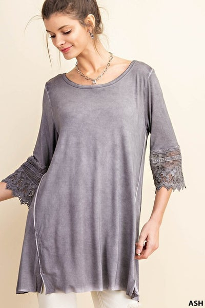 Ash Oil Washed Sleeve Lace Trimmed Tunic