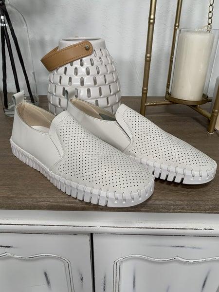 Beige Shoe *Final Sale*