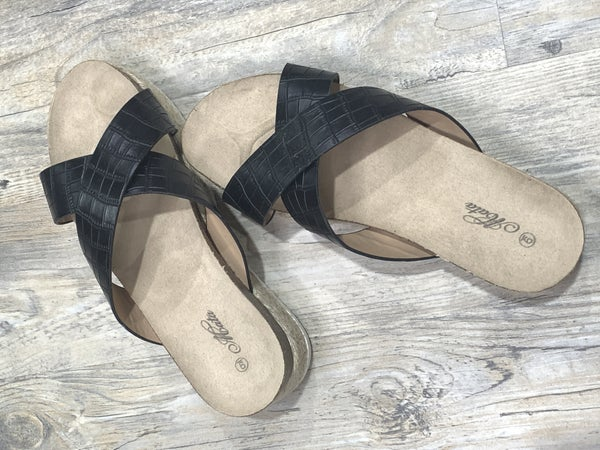 Black Criss Cross Sandal *Final Sale*
