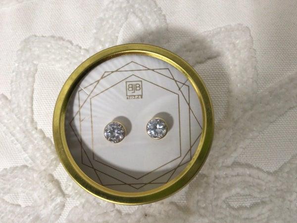 Diamond Stud *Final Sale*