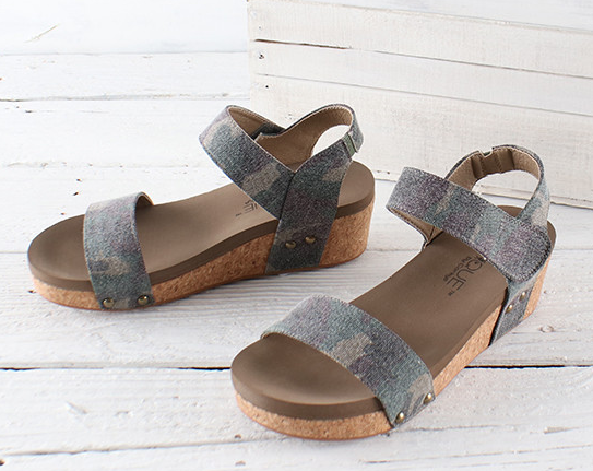 Camo Slidell Wedge