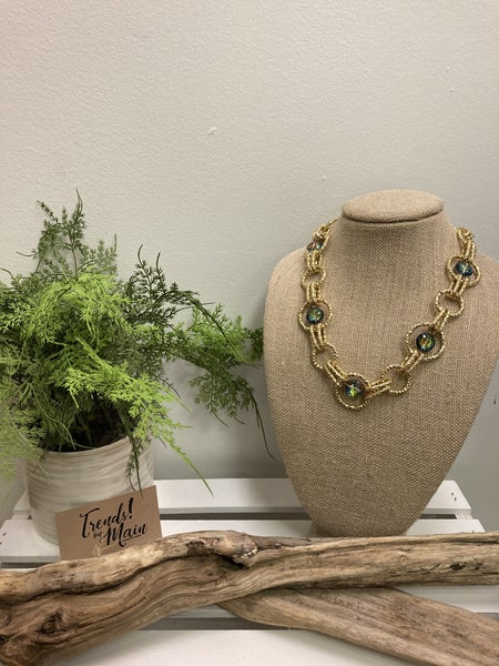 Gold iridescent necklace
