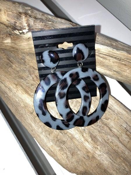 Gray leopard post earrings