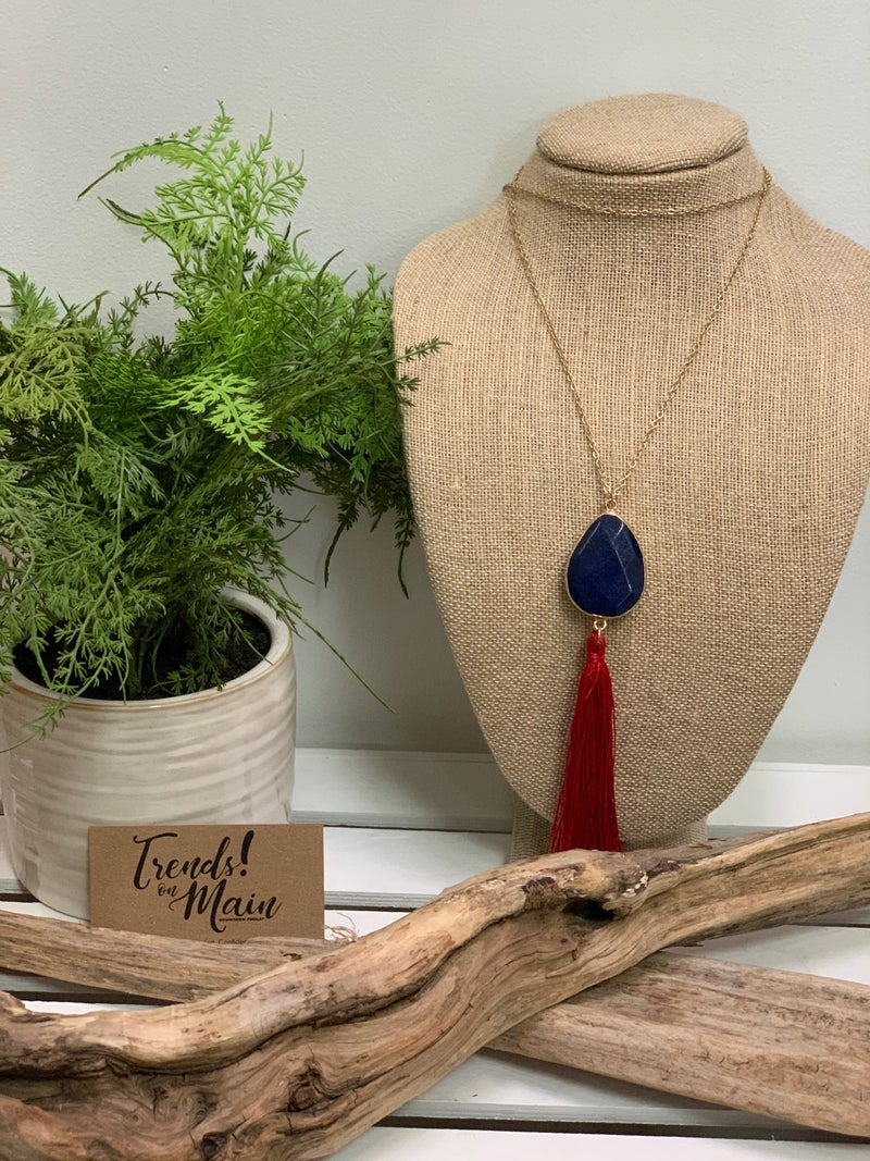 Red/blue long tassel necklace