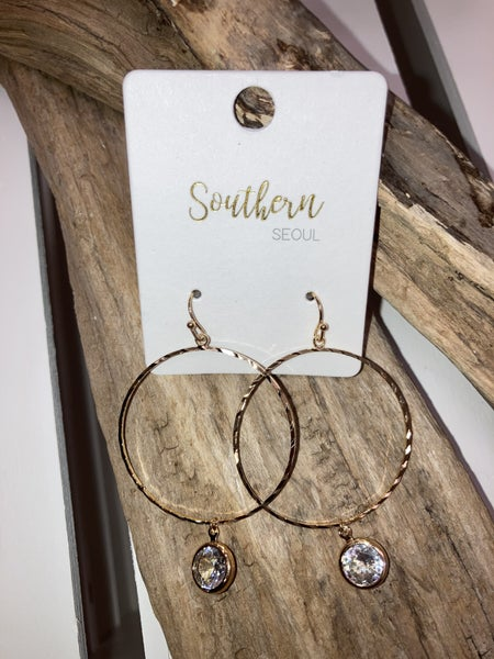 Gold/crystal earrings
