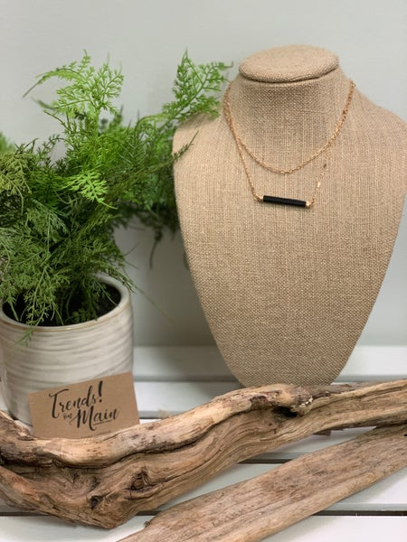 Double string bar necklace