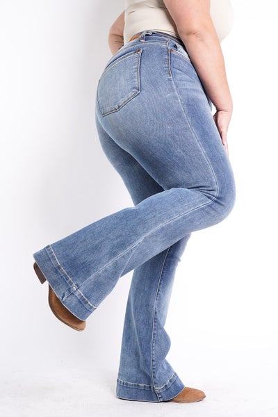 The JACKIE Mid Rise Trouser Flare By Judy Blue