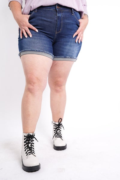 The PIPER Mid Rise Cuffed Hem Shorts By Judy Blue