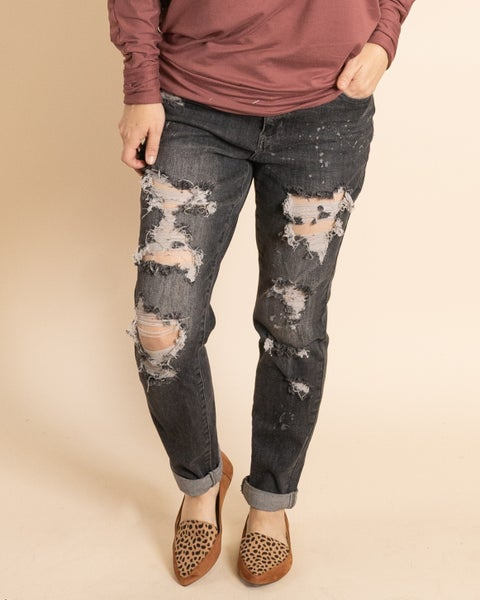 The AMBER Charcoal Distressed Boyfriend Jeans by Judy Blue