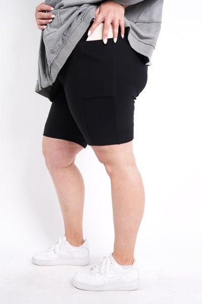 Perfect Pair Maze Shorts, Black