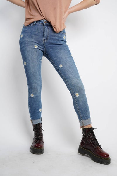 Judy Blue Embriodered Daisy Skinny Jeans