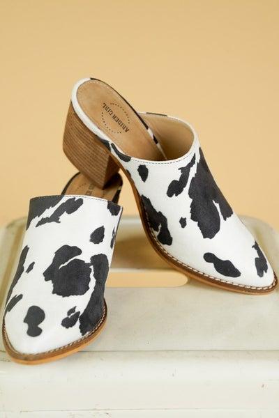 Sissy Cow Mule