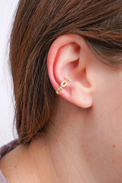 Break The Chain Ear Cuff