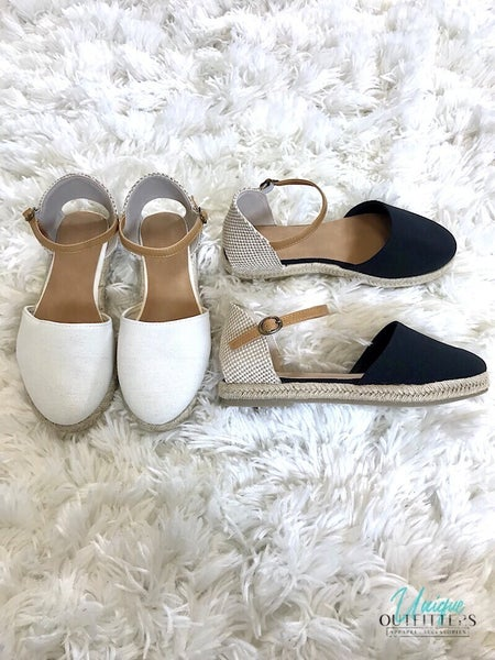 CLOSED ROUND TOE FLAT SANDALS *Final Sale*