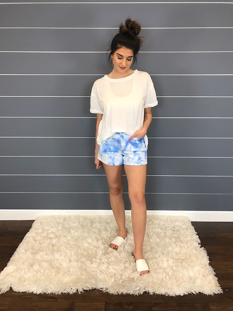 WHITE TIE DYE SHORTS - JUDY BLUE