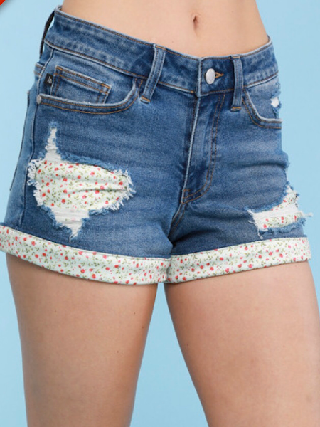 FLOWER PATCH HEM SHORTS -JUDY BLUE