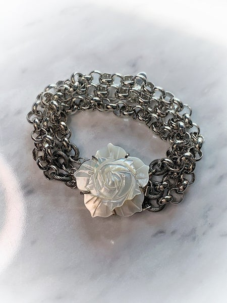 "SUZY T DESIGNS - ""SILVER LAYERED/ROSE CHARM"" - 9"" BRACELET"