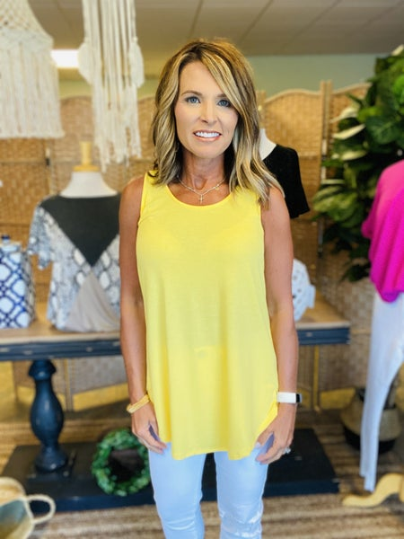 STOCK ROOM CLEAN OUT ! Yellow basic tank *Final Sale*
