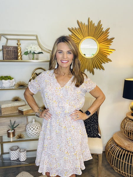 Dress Sale !! The Chica in ivory floral *Final Sale*