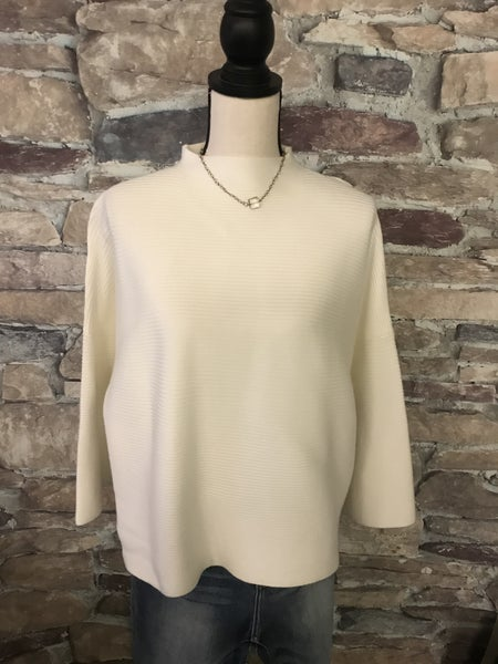 FLASH SALE !! IVORY CABLE SWEATER *Final Sale*