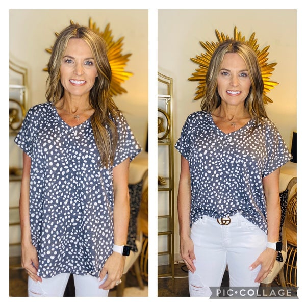 LAST ONE! The Delta top in gray and white *Final Sale*