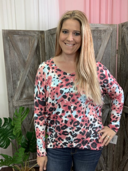 Long Sleeve V Neck Cotton Candy Wildcat Print Top
