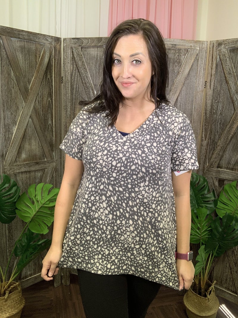 Short Sleeve V Neck Cheetah Top with Sharkbite Hem