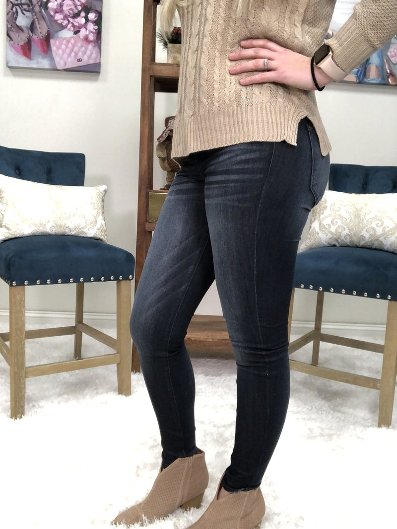 Judy Blue Mid Rise Rayon Dark Wash Skinny Jeans
