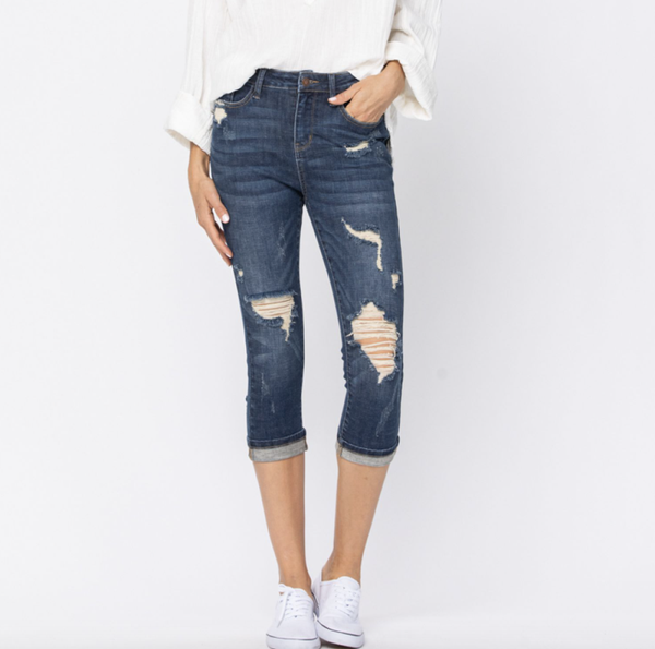 Judy Blue Cuffed Destroyed Capri Jeans