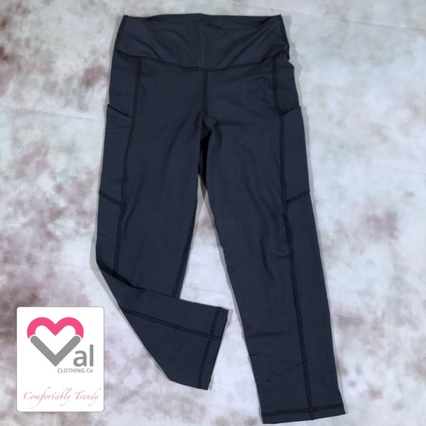 Solid Charcoal Pocket Capri Leggings