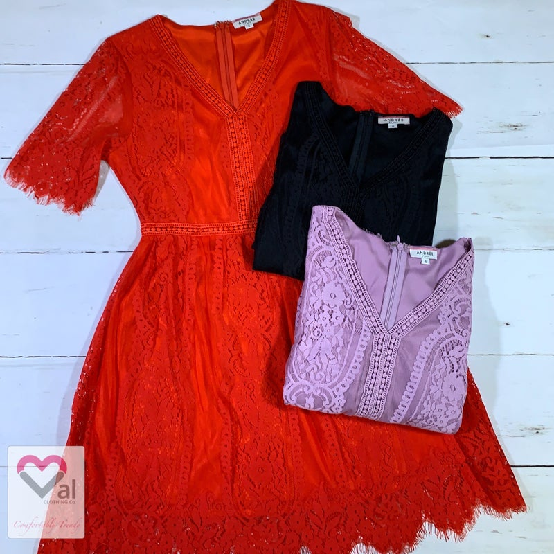 Short Sleeve Solid Lace Lined Dress