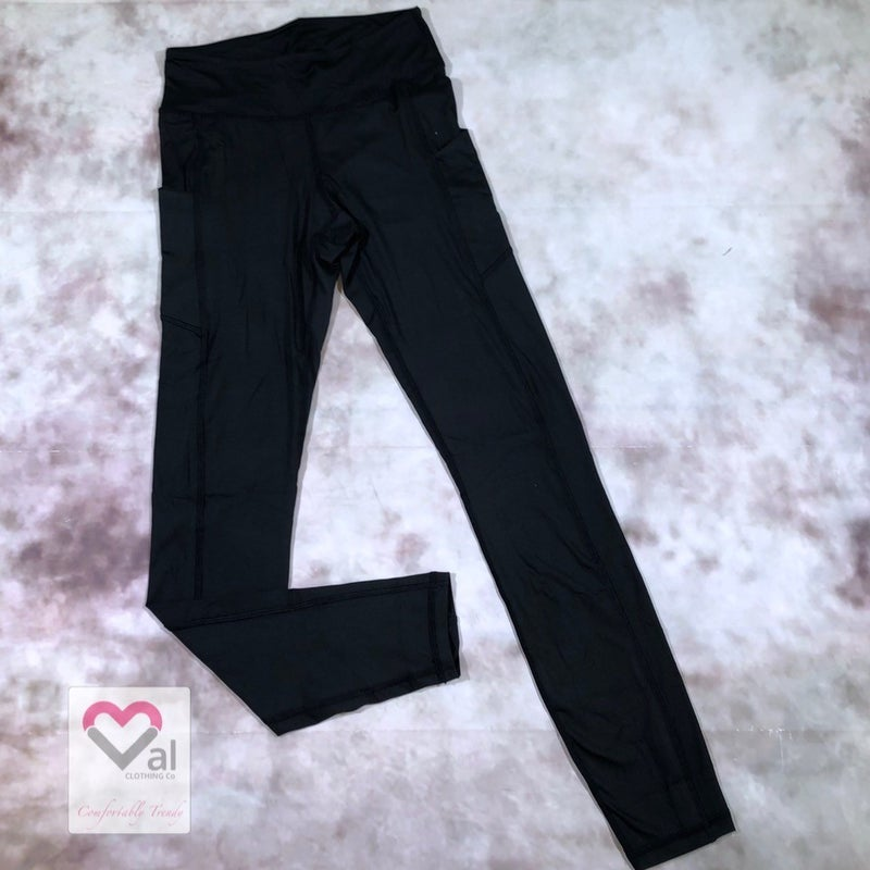 Solid Black Pocket Leggings