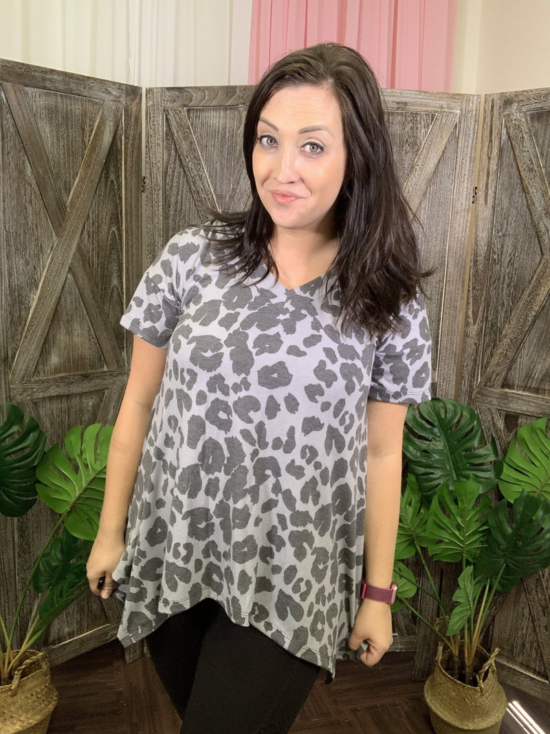 Short Sleeve V Neck Leopard Top with Sharkbite Hem