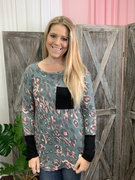 Long Sleeve Wildcat Print Top with Solid Contrast Detail