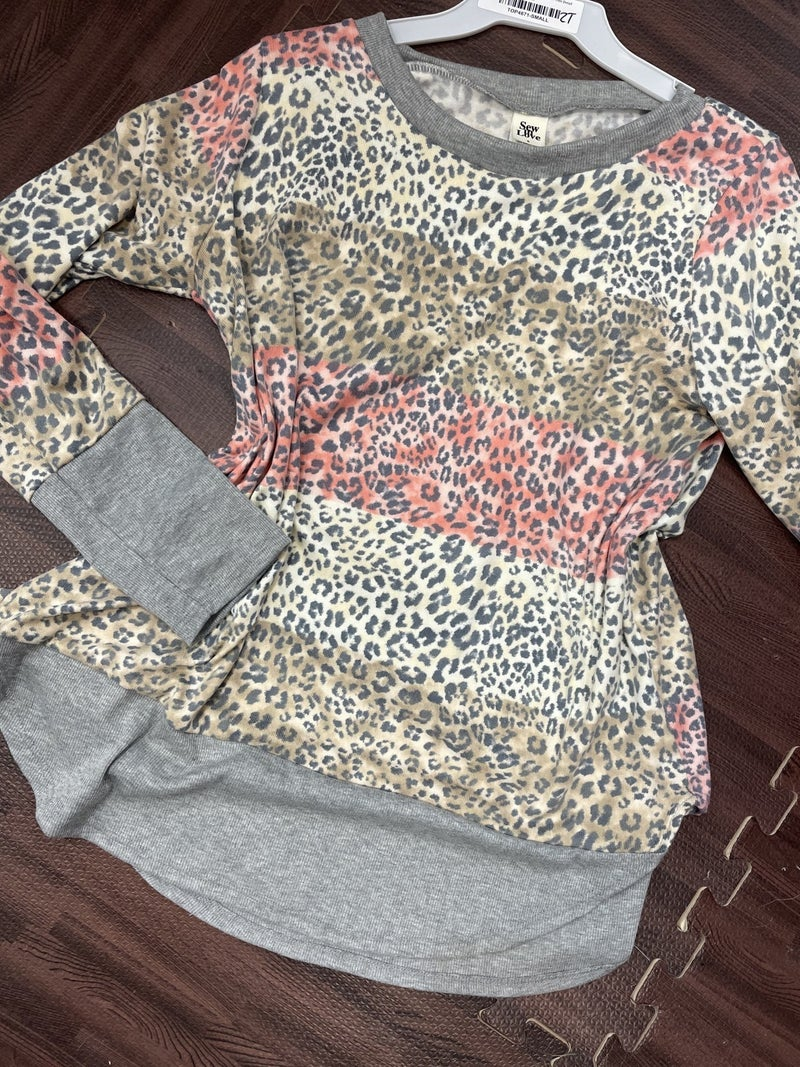 Long Sleeve Ombre Leopard Top with Trim Detail