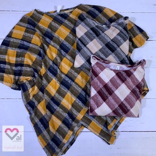 3/4 Sleeve Oversized Plaid Top with Asymmetrical Hem