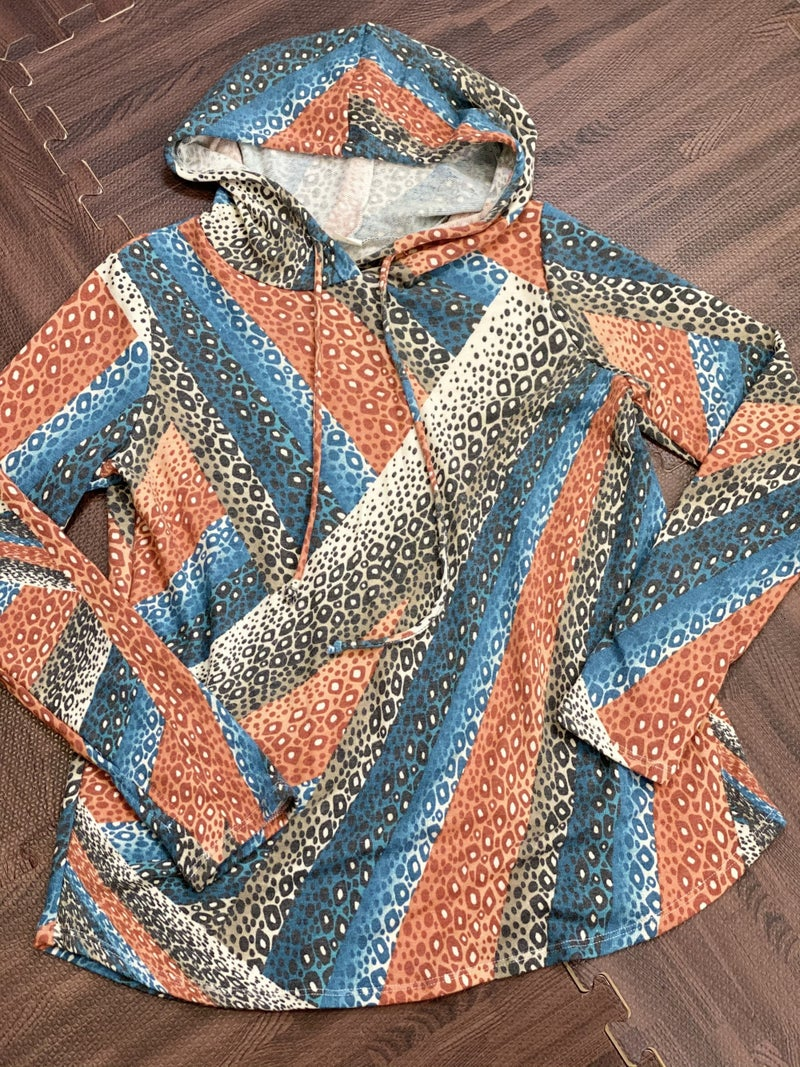 Long Sleeve Geometric Animal Print Hoodie Top