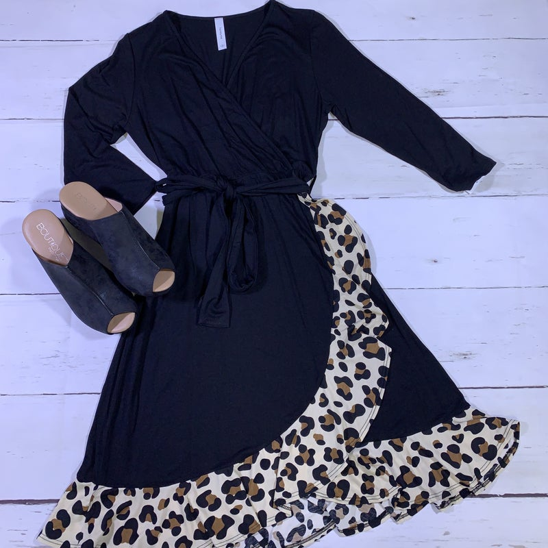 3/4 Sleeve Solid Wrap Dress with Leopard Ruffle Contrast