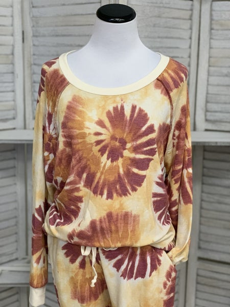 Long Sleeve Round Tie Dye Weekender Top