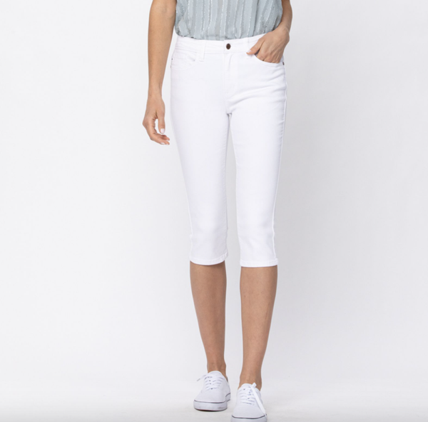 Judy Blue White Capri Jeans