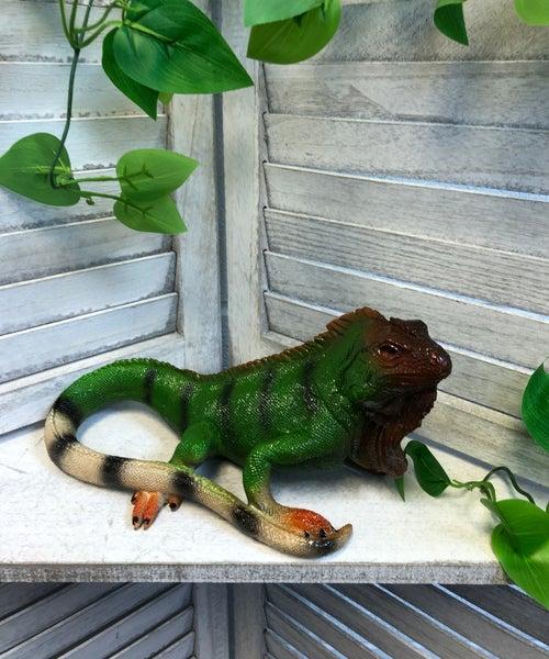 Medium Reptile Critters Resin Garden Statue