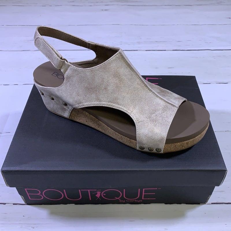 Corkys Volta Platform Sandal in Gold Metallic