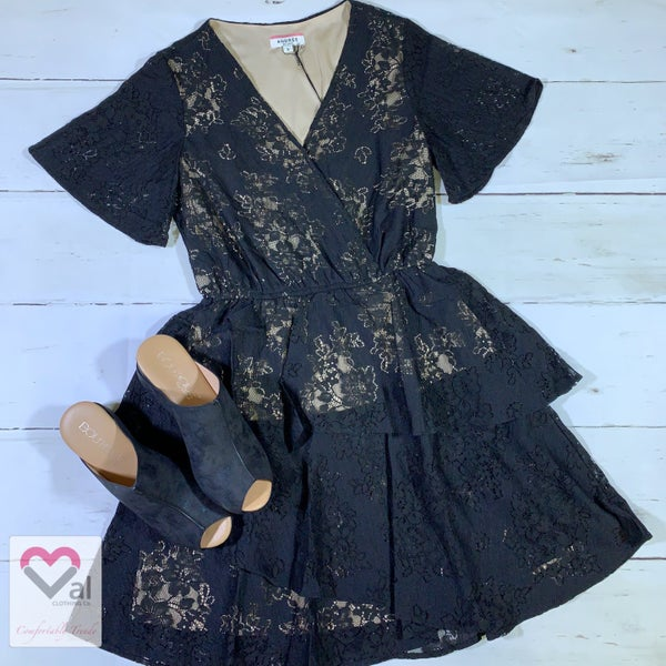 Short Sleeve Lace Ruffle Dress