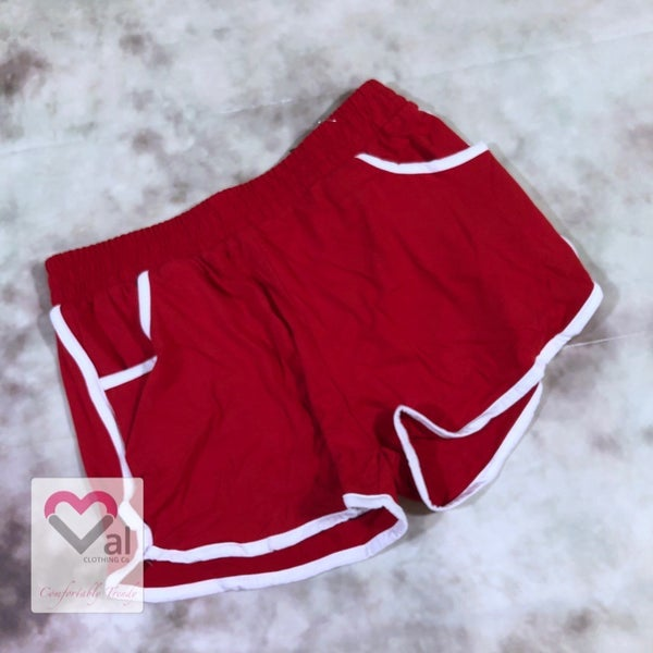 Solid Mid-Rise Leggings Shorts with Side Pockets - Red