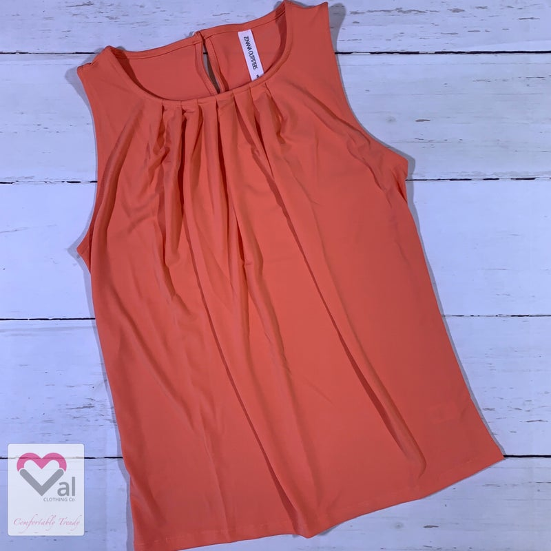Sleeveless Solid Pleated Tunic Top