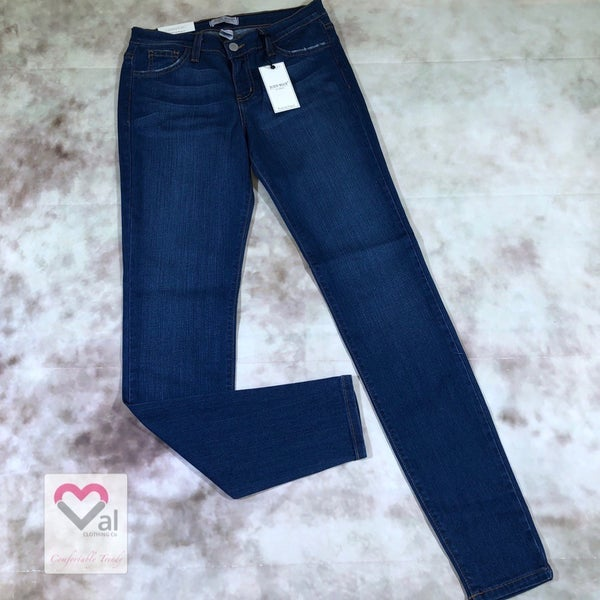 Judy Blue Mid Rise Handsand Rayon Skinny Jeans