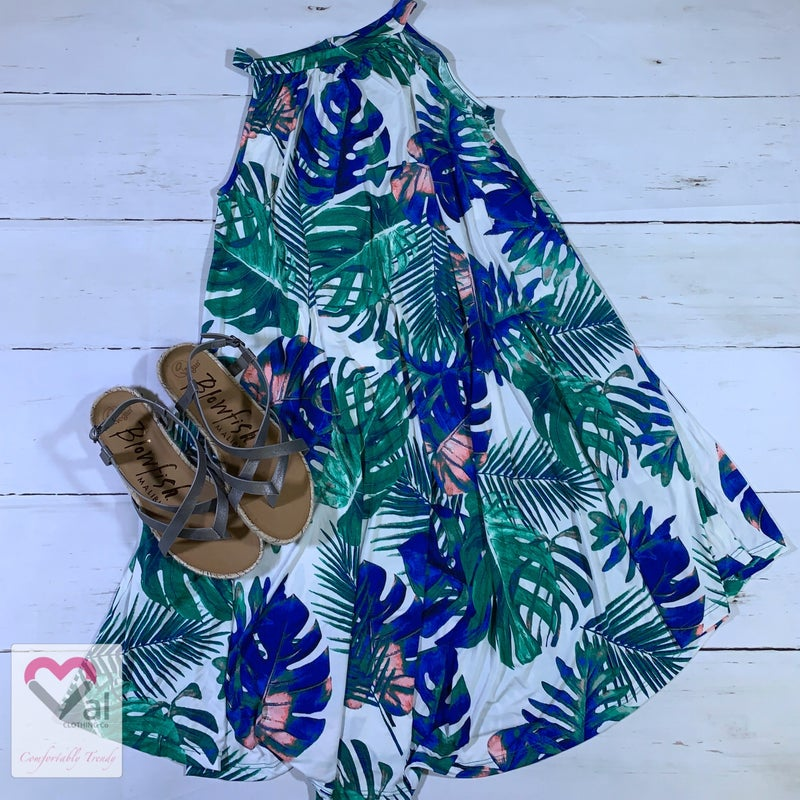Sleeveless Tropical Print Dress with Pockets