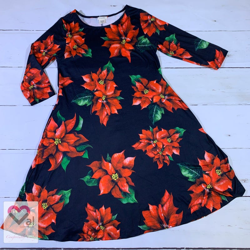 Half Sleeve Poinsettia Print Swing Dress with Pockets