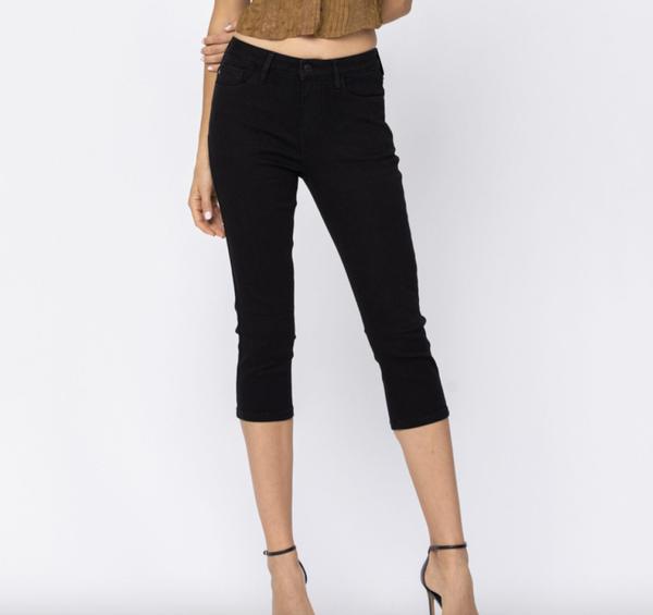 Judy Blue Black Capri Jeans