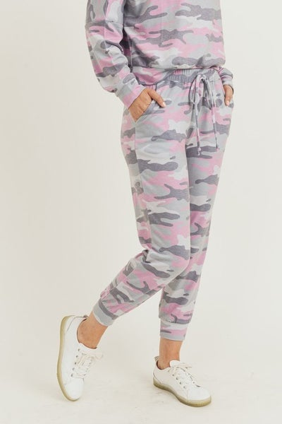 Cropped Vintage Camo Printed Joggers